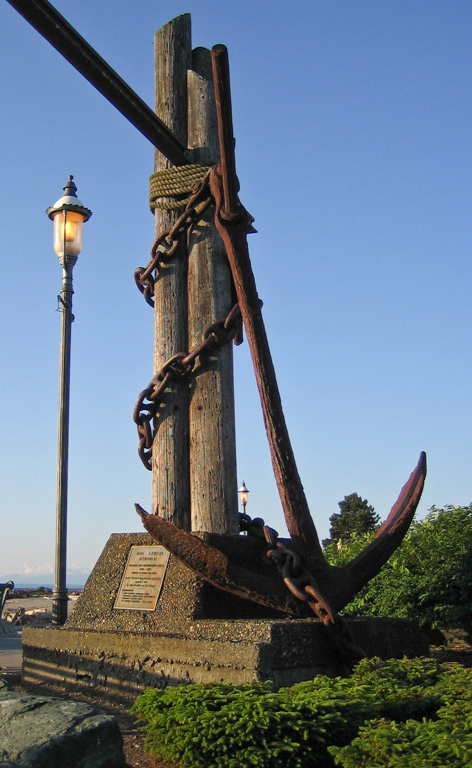 Huge Ship's Anchor at Entrance to Brackett's Landing Park, Edmonds, WA